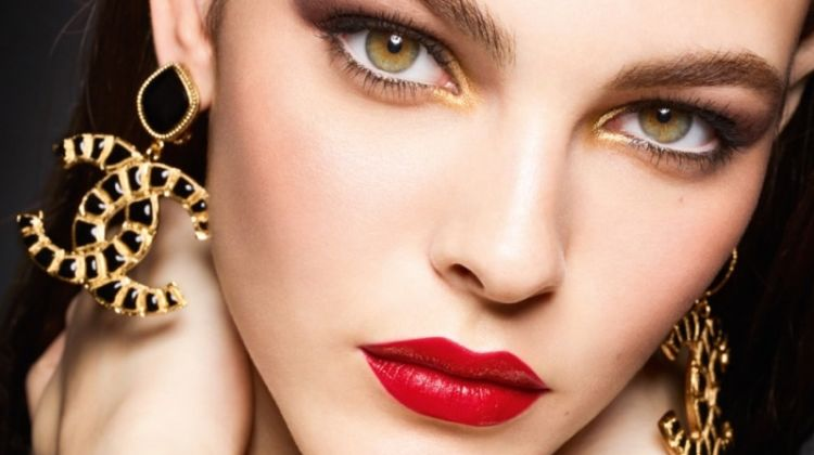 Vittoria Ceretti Stuns in Chanel Holiday '19 Makeup Campaign
