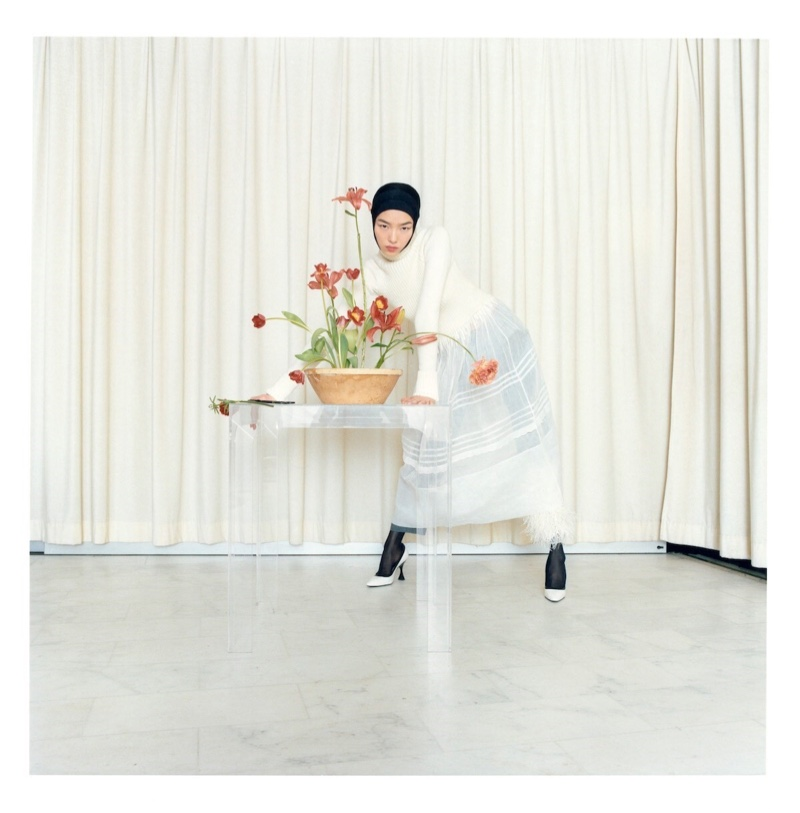 Fei Fei Sun Is in Full Bloom for Loewe Publication