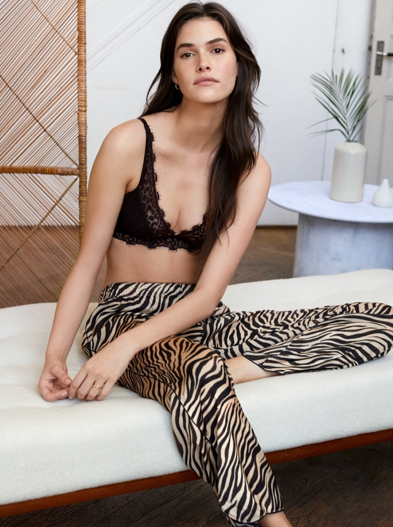 Vanessa Moody stars in H&M lingerie fall 2019 lookbook