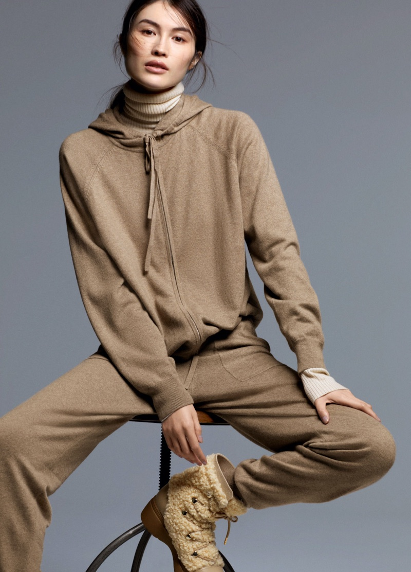 H&M embraces neutrals for Luxe Layers fall-winter 2019 editorial