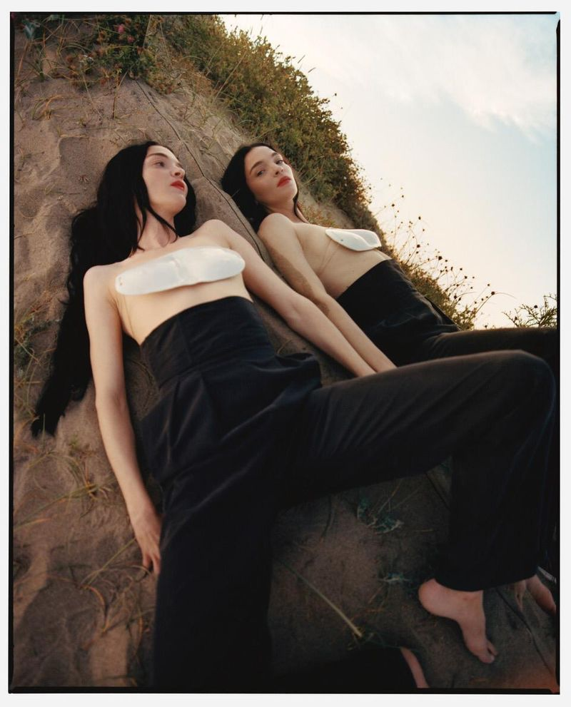 Mariacarla Boscono Models Statement Styles in Modern Weekly China