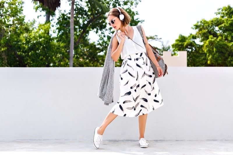Model Printed Skirt Top Bag Headphones Sneakers
