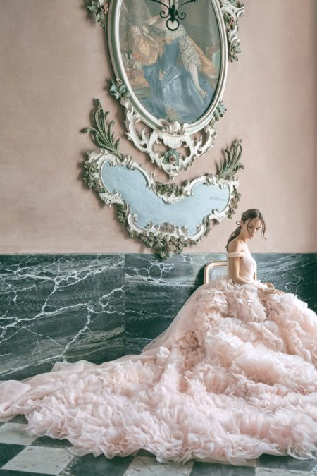Get Swept Up in Monique Lhuillier Bridal's Fall 2020 Dresses