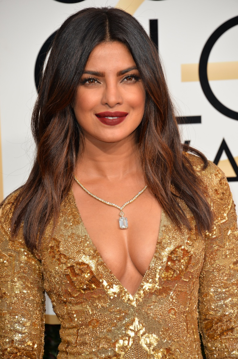 Priyanka Chopra shows how to wear chestnut brown hair with an ombre / bayalage effect.
