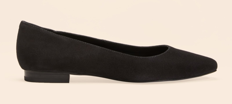 Reformation Bea Flat in Black $178