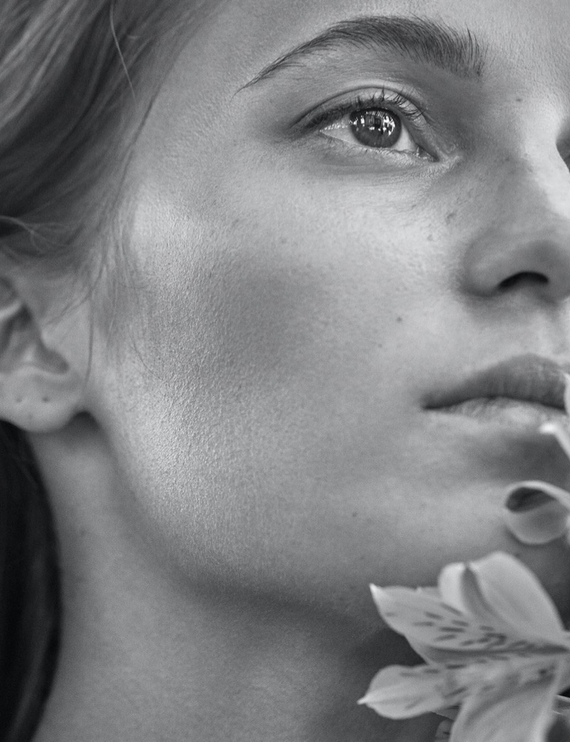 Ready for her closeup, Alicia Vikander impresses in black and white