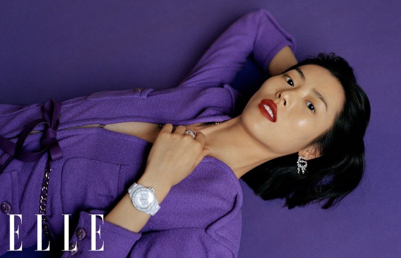 Liu Wen Looks Effortlessly Chic in ELLE China