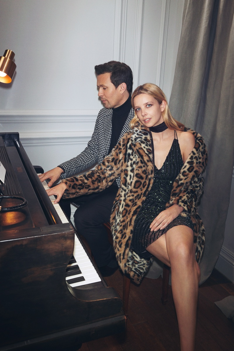 Greta Bellamacina and Robert Montgomery pose in Mango Intimate Dinner editorial