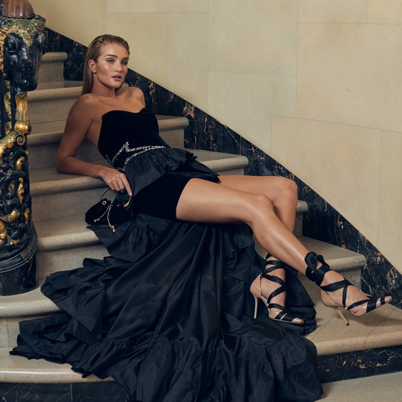 Rosie Huntington-Whiteley poses in Jimmy Choo Louren 100 sandals