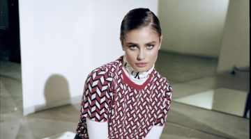 Taylor Hill Tries On Chic Prints for InStyle Mexico