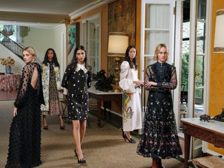 Tory Burch unveils Holiday 2019 campaign