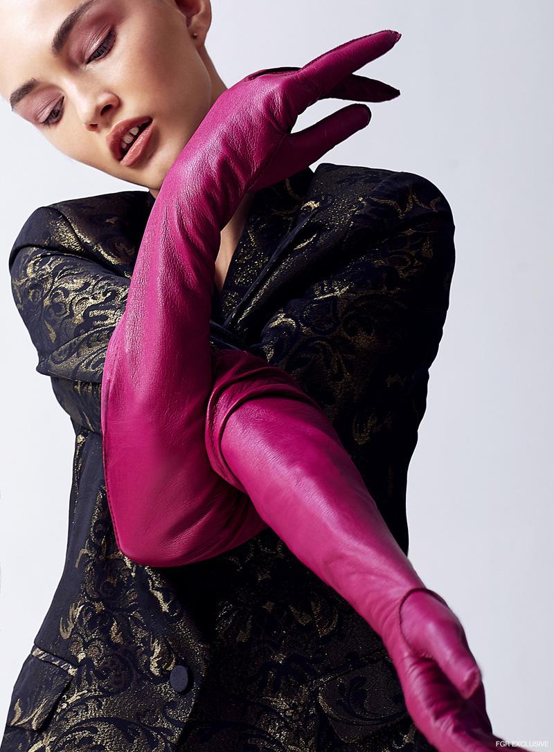 Jacket Balmain and Gloves Touché. Photo: Sam Itzhakov
