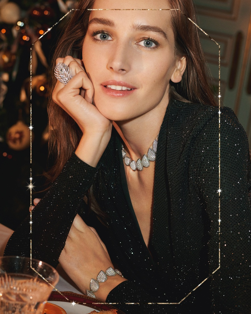 Josephine le Tutour wears Boucheron Serpent Boheme collection