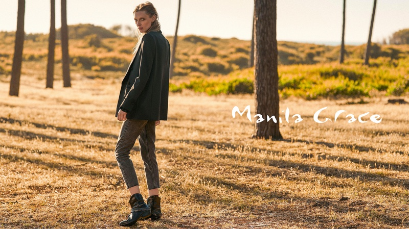 An image from Manila Grace's fall-winter 2019 campaign