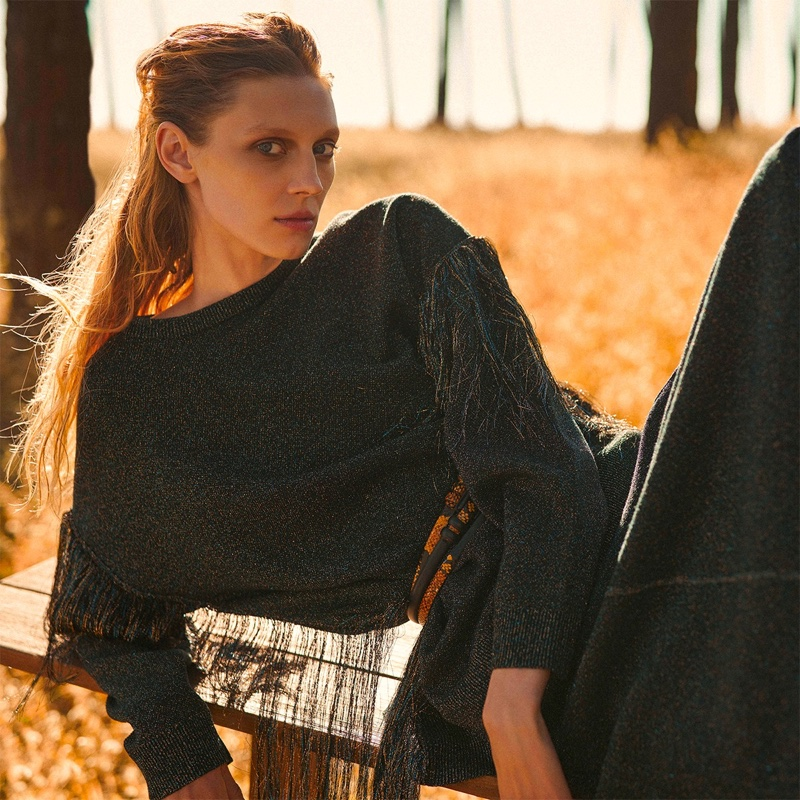 Olga Sherer wears chic looks in Manila Grace fall-winter 2019 campaign