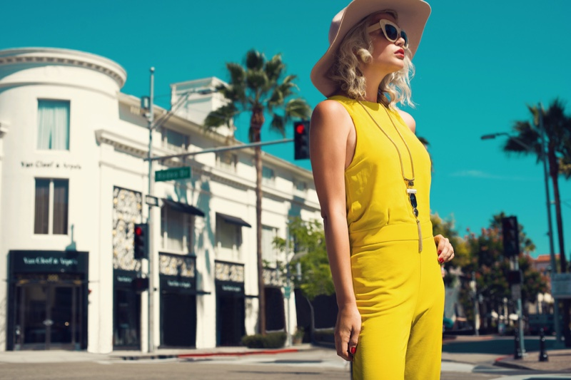 Model California Yellow Outfit Hat Sunglasses Fashionable