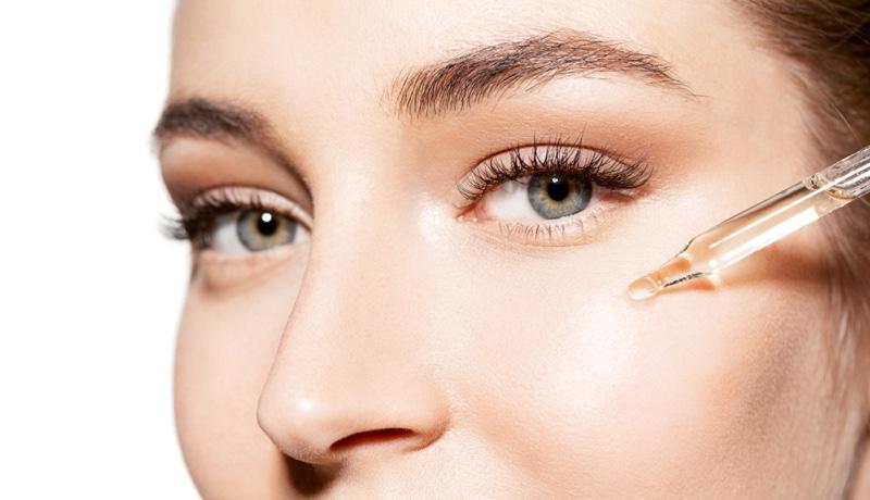 Model Oil Closeup Beauty
