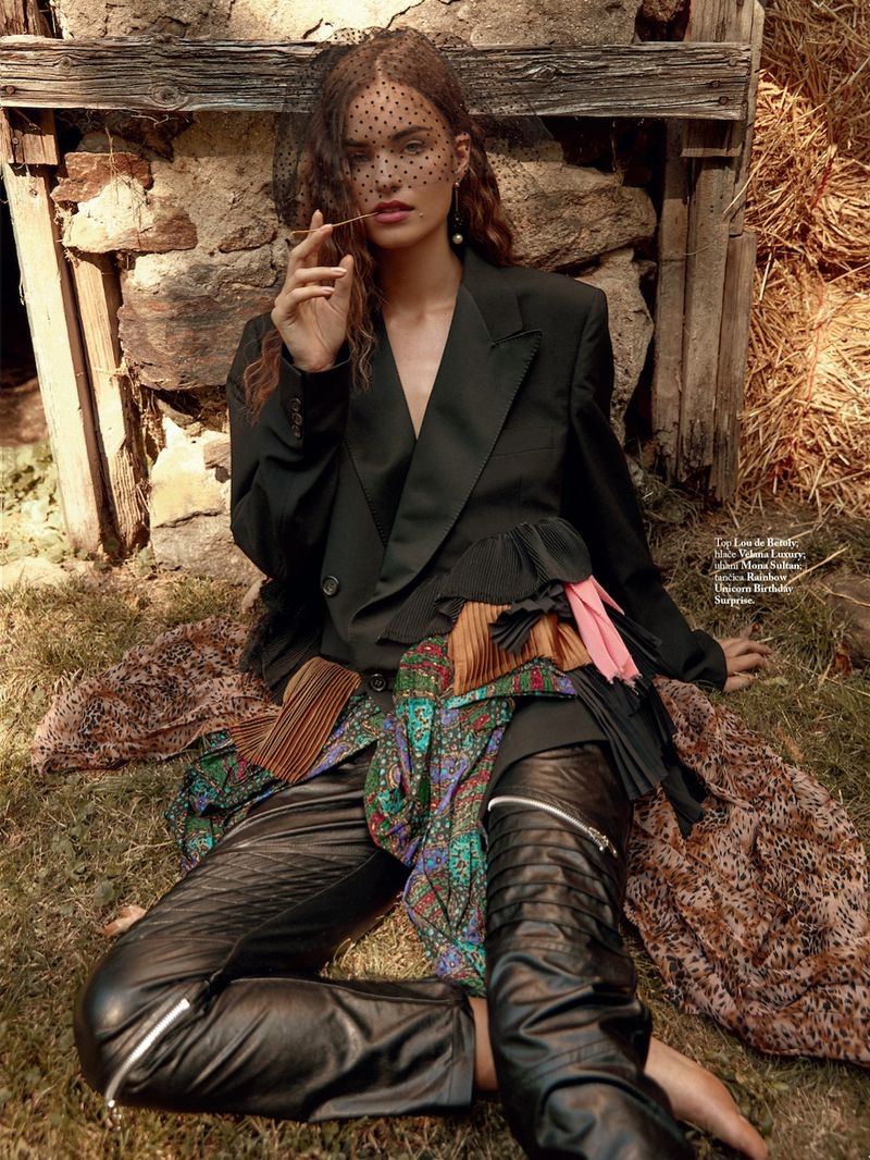Robin Holzken Poses in Romantic Ensembles for ELLE Slovenia