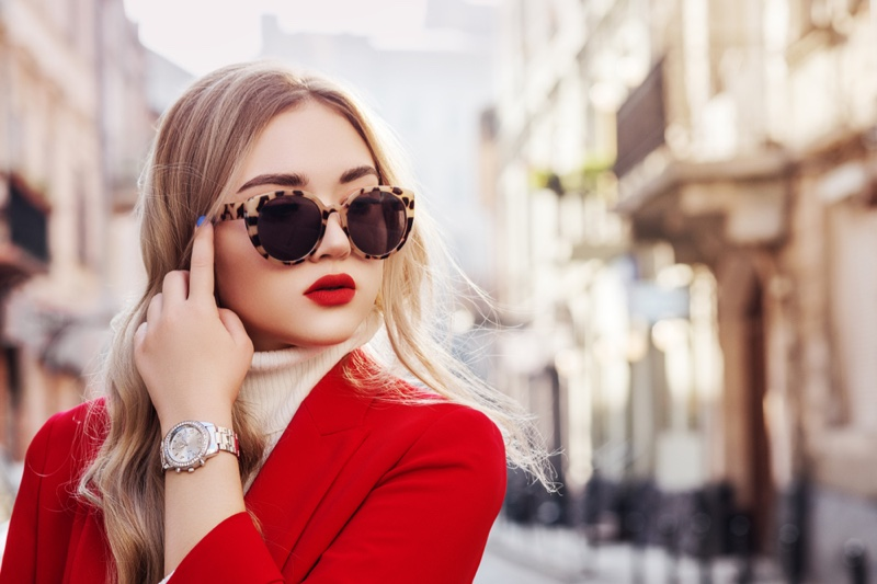 Street Style Blonde Silver Watch Cat Eye Sunglasses Red Blazer