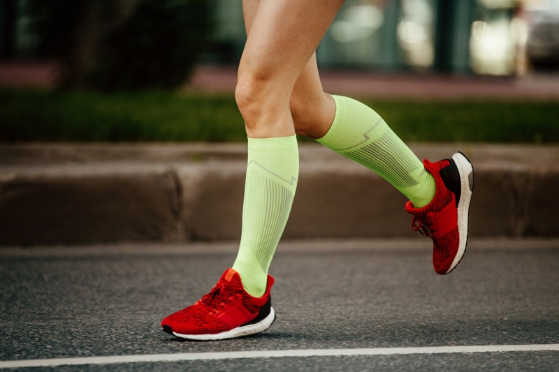 Woman Running Compression Socks Sneakers
