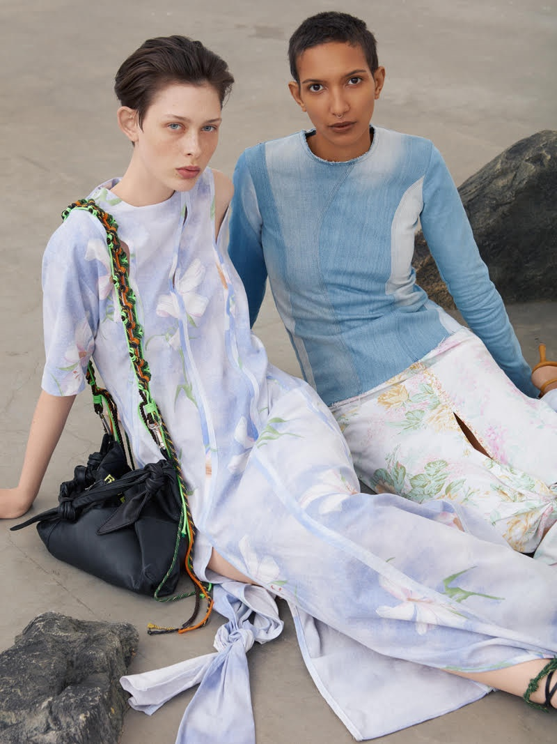 Pia & Camilla Pose in Sustainable Styles for ELLE Sweden
