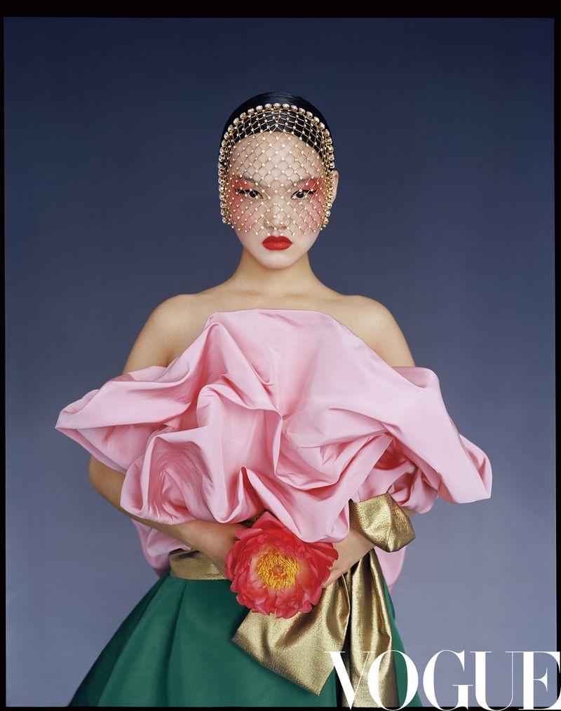Du Juan, He Cong, Lina Zhang Pose in Stunning Gowns for Vogue China
