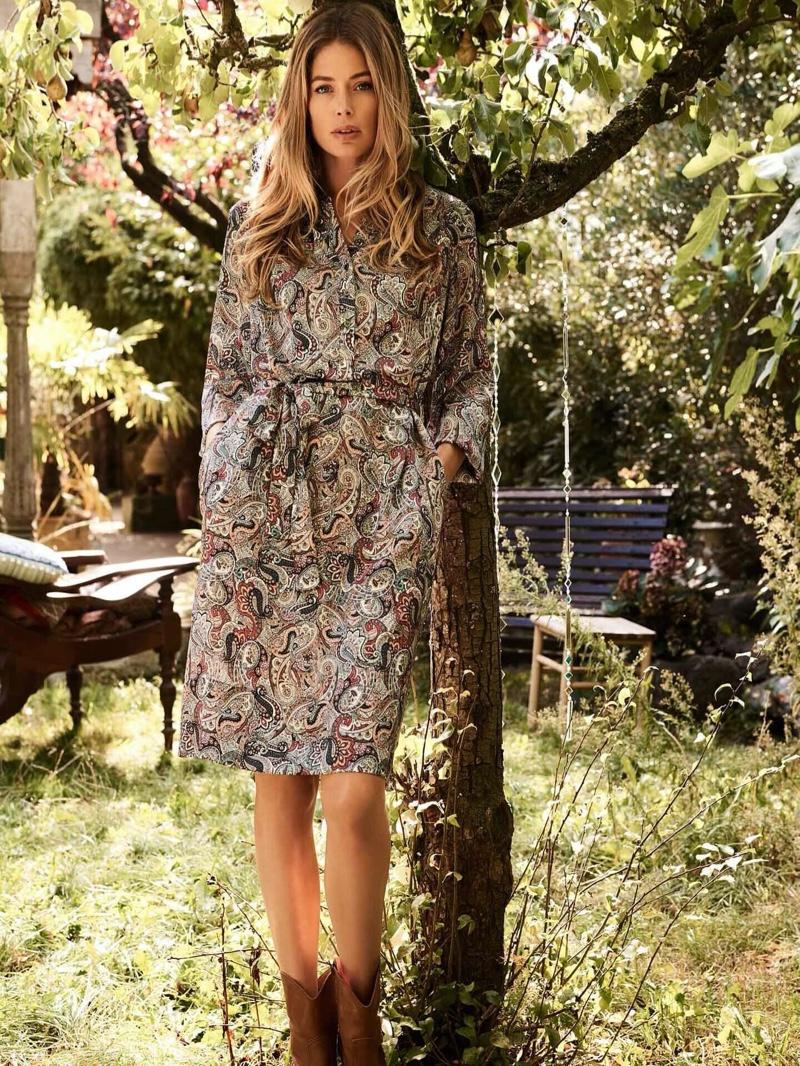 Modeling florals, Doutzen Kroes fronts Repeat Cashmere spring-summer 2020 campaign