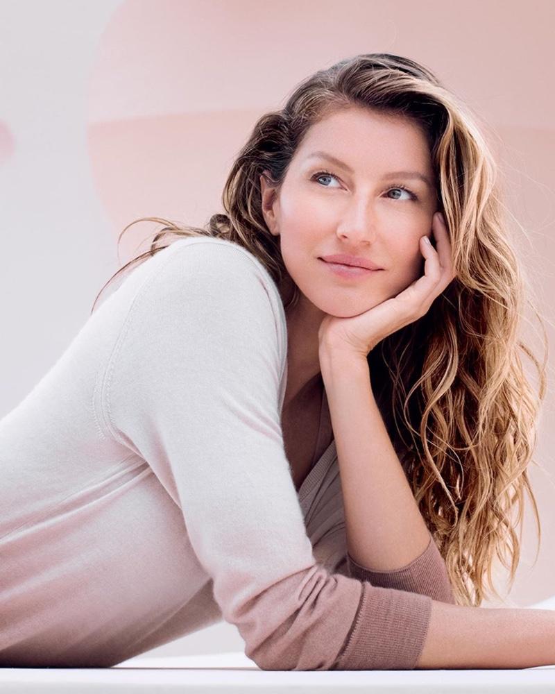 A promotional image of Gisele Bundchen for Dior Capture Totale Super Potent Serum