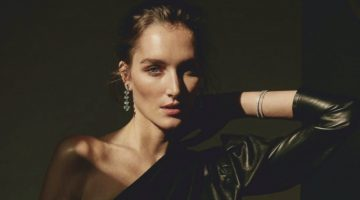 Josephine le Tutour Tries On Polished Looks for ELLE Spain