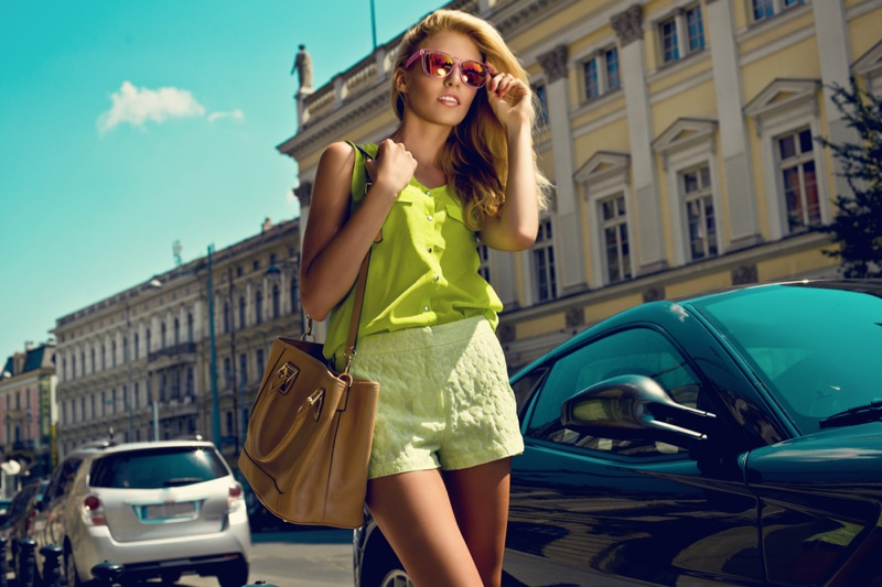 Model Green Outfit Top Shorts Fashionable
