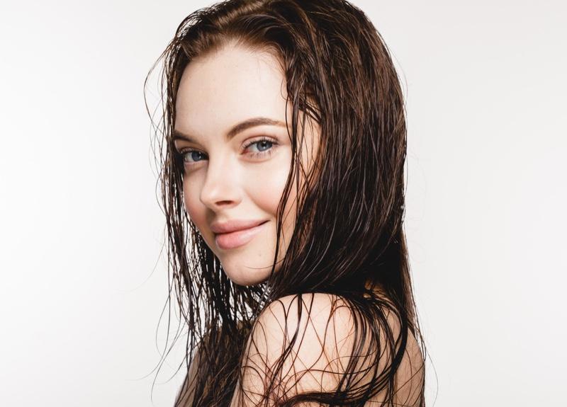 Model Wet Hair Smiling Beauty