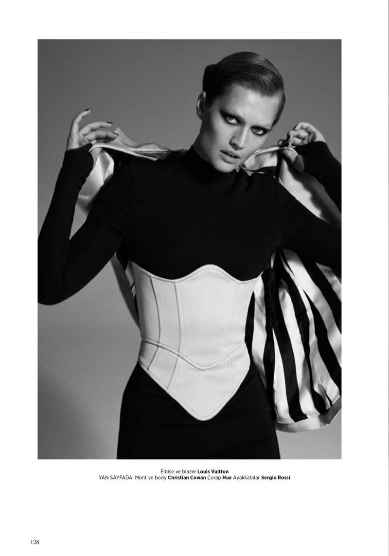 Toni Garrn Strikes a Pose for Harper's Bazaar Turkey