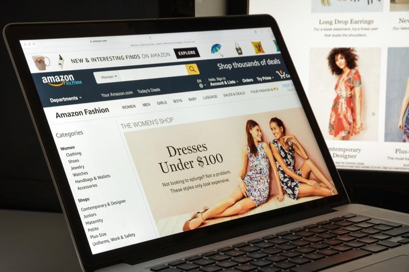 Amazon Clothes Shopping Laptop Website