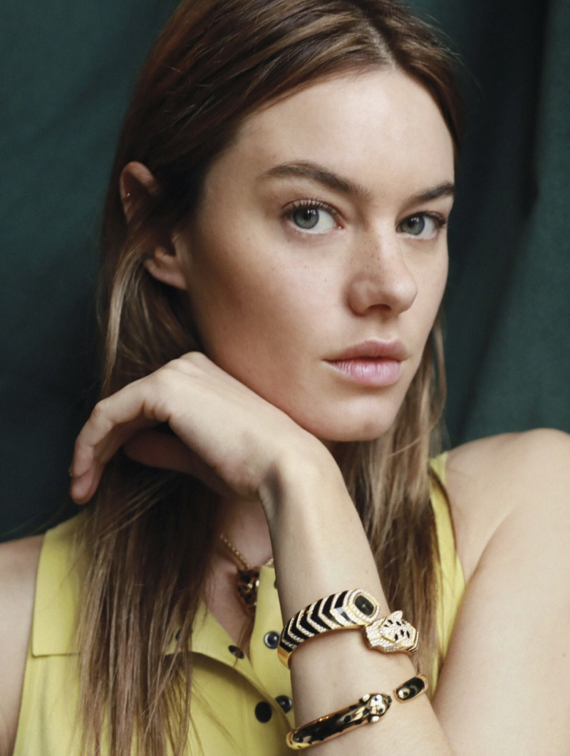 Camille Rowe Models On-Trend Styles for L'Officiel Paris