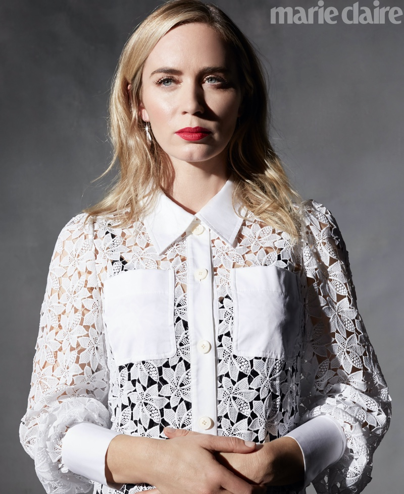 Emily Blunt poses in Kate Spade dress and Simon G. Jewelry earrings