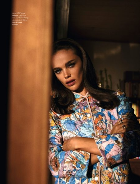 Jena Goldsack Channels 1970's Fashion for ELLE Sweden