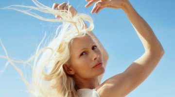 Kirsty Hume Embraces Beach Fashion for Sunday Times Style