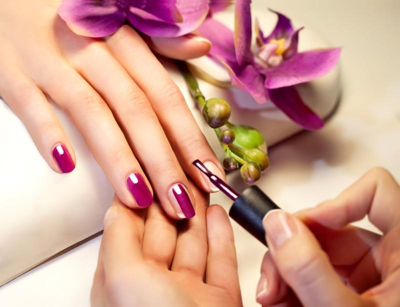 Manicure Purple Painted Nails