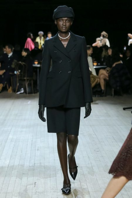 Marc Jacobs Channels the 60's for Fall 2020