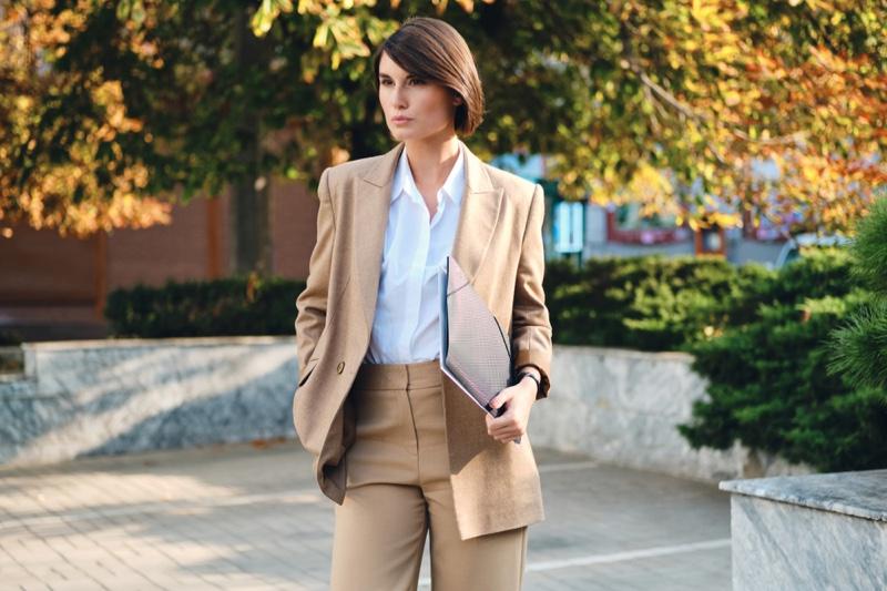 Model Tan Pant Suit Folder Business