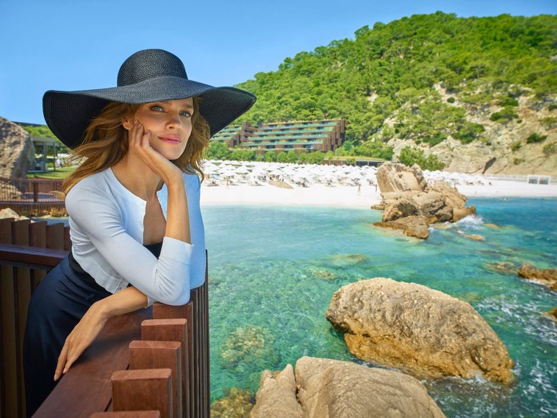 Model Natalia Vodianova soaks up the sun in Maxx Royal Resorts 2020 campaign