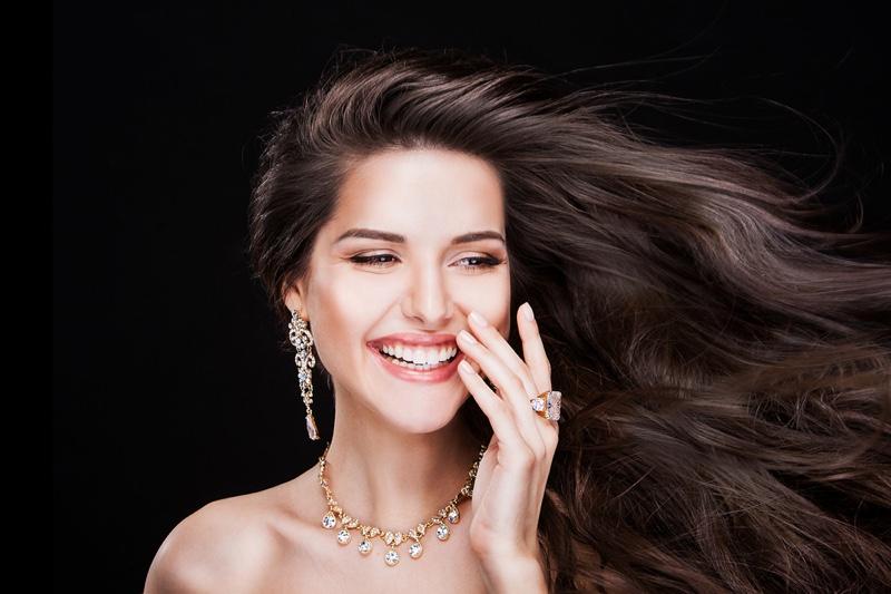 Smiling Model Beauty Diamond Necklace Earrings Rings