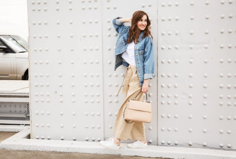Woman Casual Look