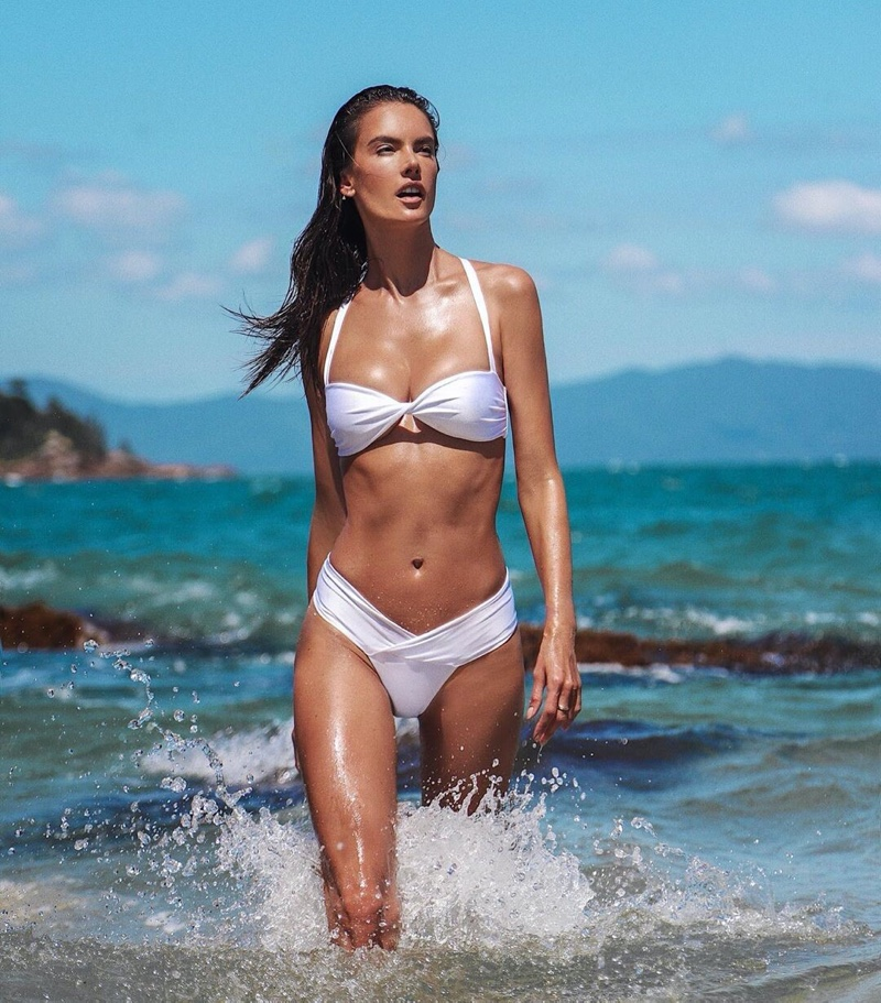 Model Alessandra Ambrosio wears Gal Floripa's Wave line