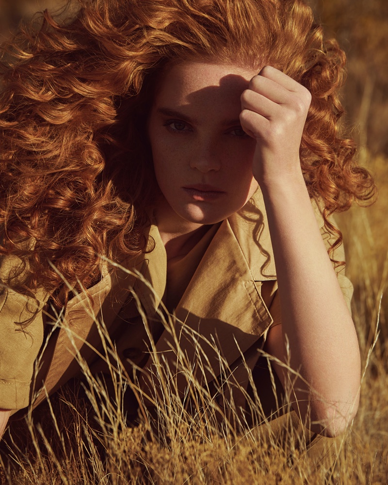 Alexina Graham Embraces Neutral Fashions in ELLE Germany