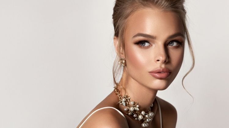Beautiful Blonde Model Wearing Diamond & Pearl Jewelry