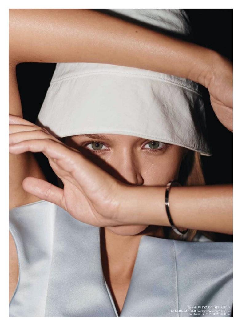 Josephine Skriver Takes the Spotlight for Eurowoman