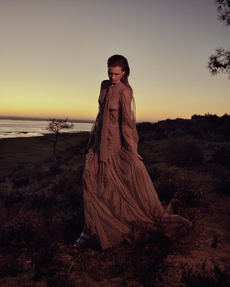 Kasia Struss is a Natural Beauty for ICON Magazine