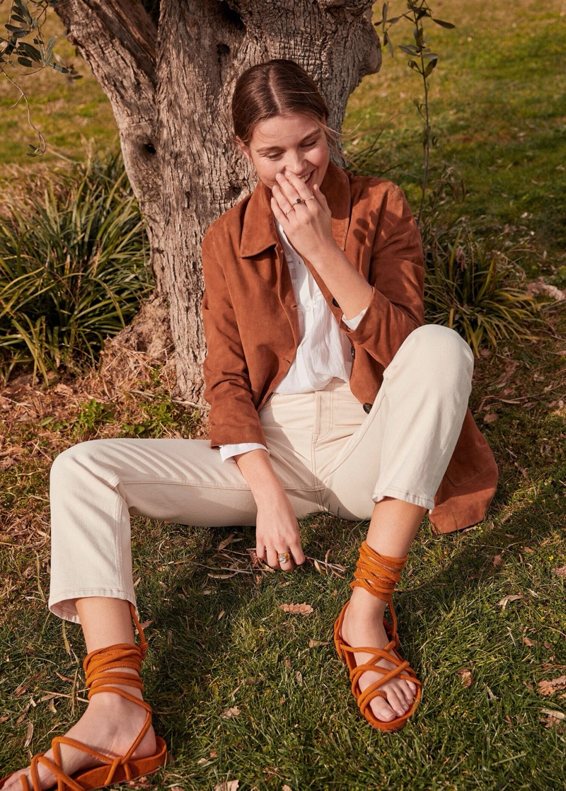 An image from Mango's Romantic Vibe spring-summer 2020 style guide