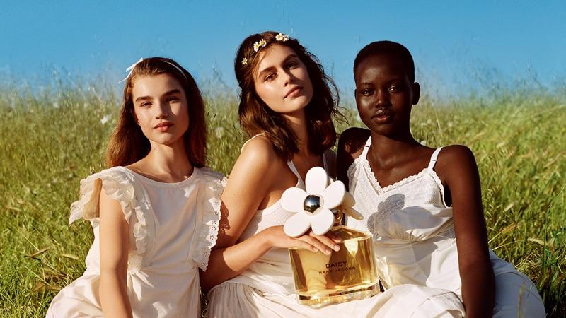 Kaia, Adut & Meghan Charm in Marc Jacobs Daisy Fragrance Ad